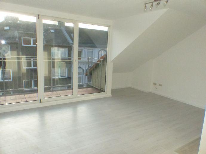 ****2 Zimmer - Appartement im 4. OG m. Balkon und Pkw - Stellplatz auf Hof*** Dortmund Nord ***