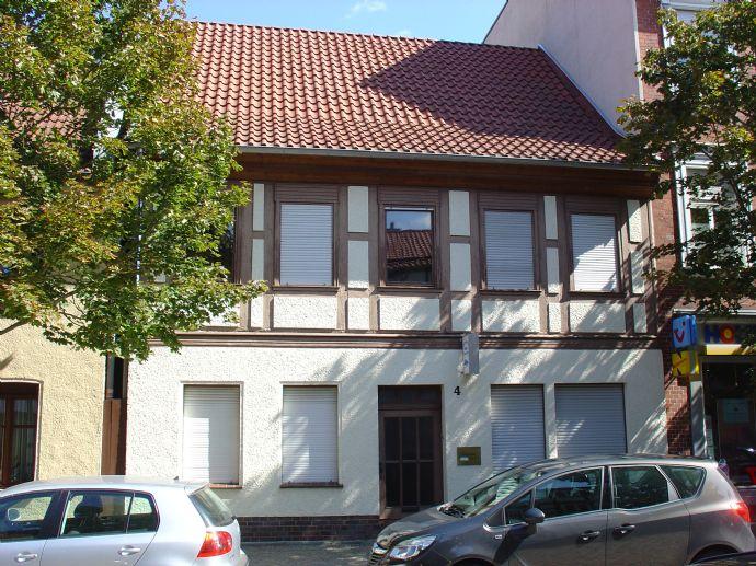 Einfamilienhaus mit Anbau und überschaubarem Grundstück im Zentrum der Stadt Salzwedel zu verkaufen.