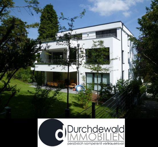 Exklusive und moderne 4,5-Zi.-Wohnung im Bauhausstil mit Ausblick