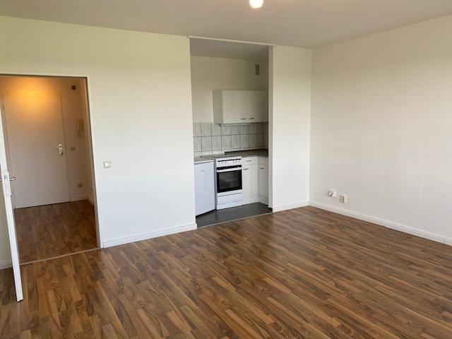 1-Zimmer-Wohnung, 36 m² in Halstenbek!  Zentral Nähe S-Bahn - BITTE DEN TEXT LESEN -