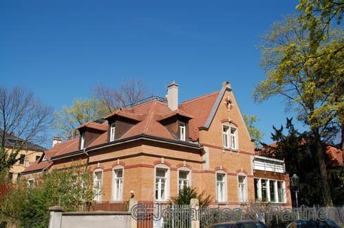 3 Zimmer-Maisonette-Wohnung mit großer Terrasse