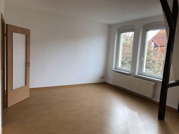 Nichtraucherwohnung - schöne und gemütliche Dachgeschosswohnung in ruhiger Lage