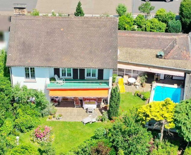 Einfamilienhaus mit Swimmingpool auf der Sonnenseite von Bad Orb