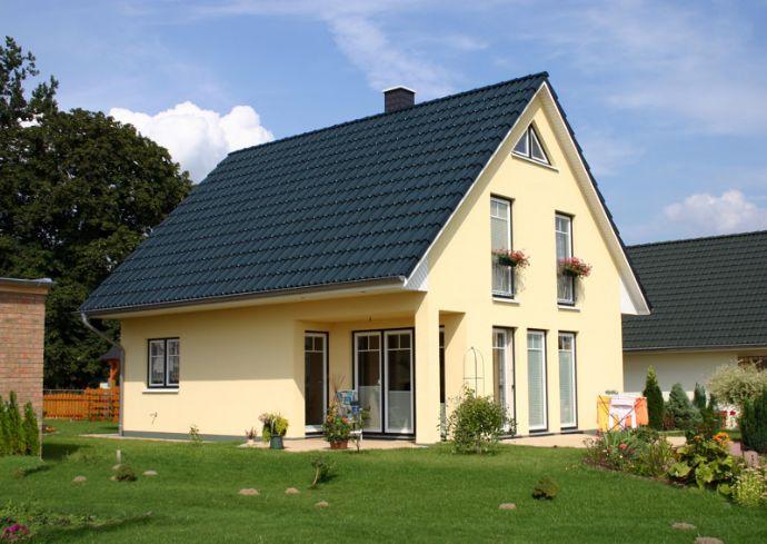 GRUNDSTÜCK & FAMILY - HAUS in idyllischer Wohnlage
