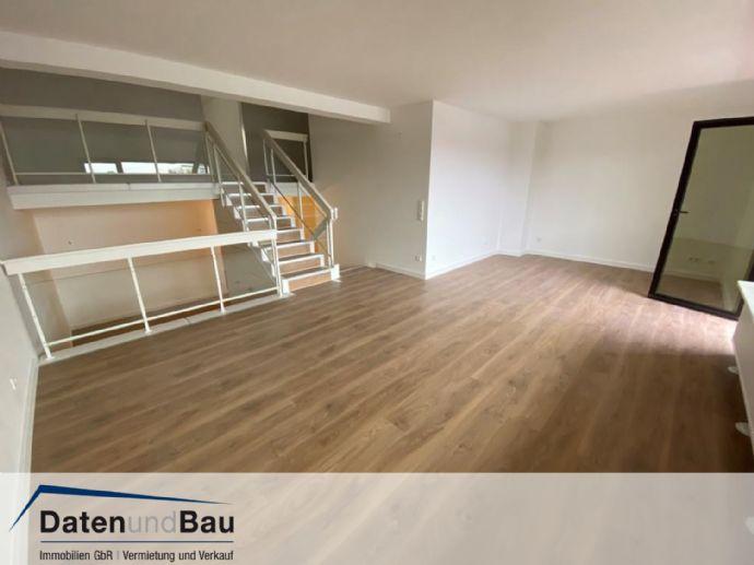 v e r m i e t e t: Sanierte 2 Zi.-Whg auf 3 Ebenen mit 106 m², kompletter EBK, Balkon und TG-Stellplatz