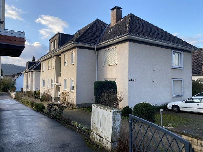 Gepflegte 2-Zimmer-Wohnung in schöner Stadtlage mit Einbauküche nach Vereinbarung zu vermieten