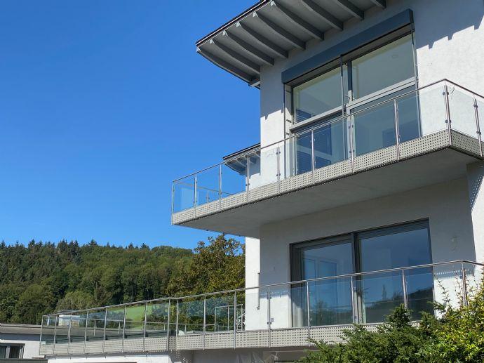 Birkenau; gehobene Ausstattung 4-Zimmer-Wohnung im 2. Obergeschoss; Weitsicht und viel Sonne