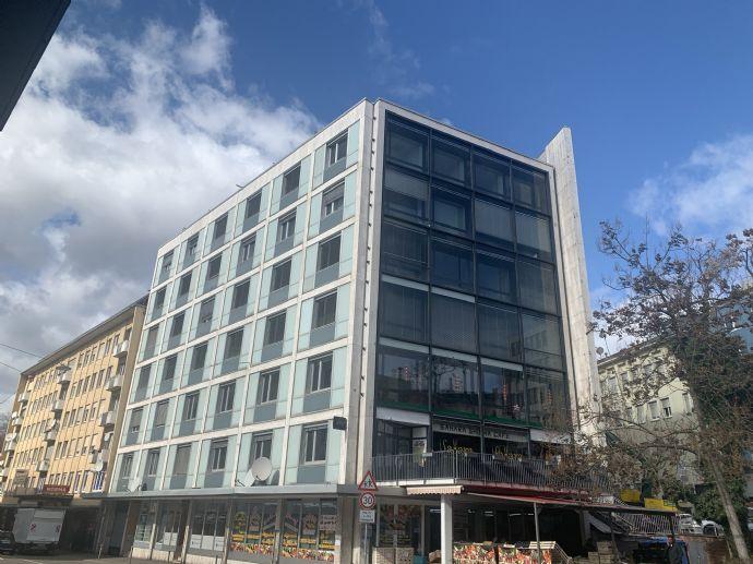 Exklusive, neuwertige 2,5-Zimmer-Wohnung im 4. Obergeschoss ab August 2021
