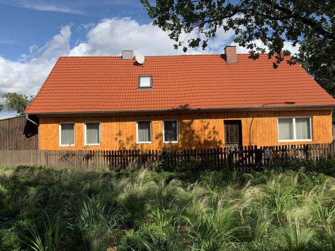 Fachwerkhaus als Mehrfamilienhaus mit neuem Dach und Ausbaureserve 3 Wohnungen