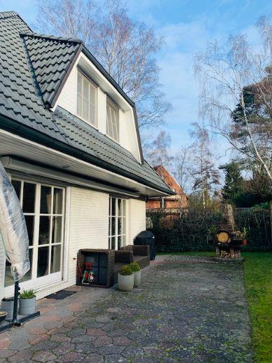 Wunderschönes Haus in guter Lage mit Garten und Terrasse