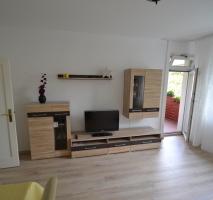 *****Möbliert: zentrale Lage - stilvoll und hochwertige Wohnung in Lankwitz***