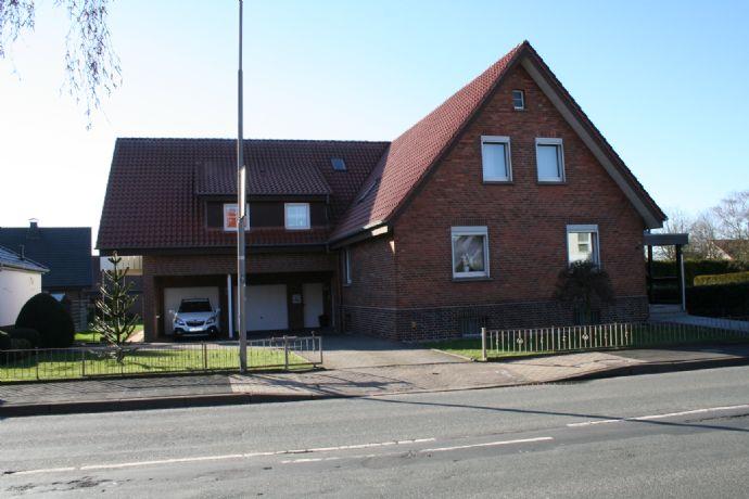Großes Zweifamilienhaus in Bad Oeynhausen-Lohe!