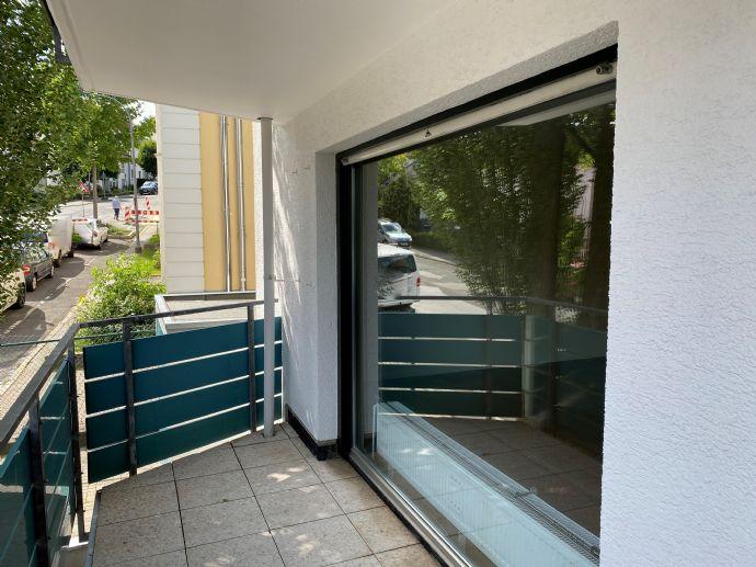 Großzügige Aufteilung auf 80 m² und 2 Zimmer. Hier ist man gerne zuhause!
