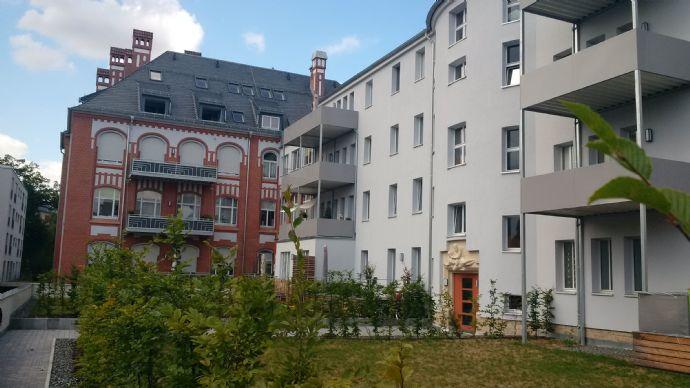 Zentral in Erfurt: helle moderne 2-Raum-Wohnung mit Terrasse und Stellplatz