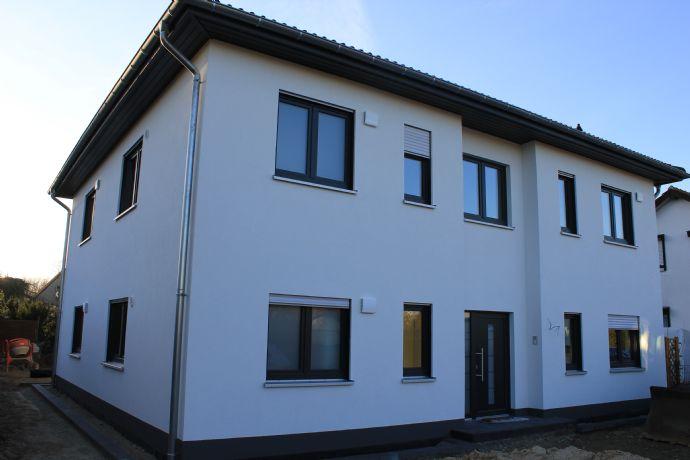 Schulzendorf Neue Mieter für eine 4-Zimmer-Wohnung gesucht.