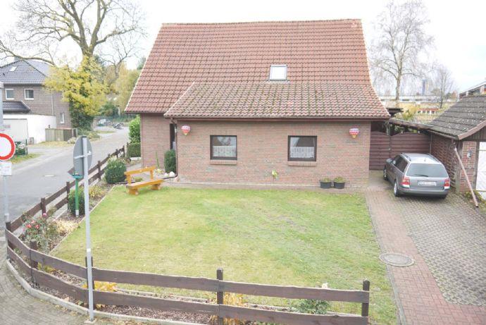 Ein / Zweifamilienhaus in Loxstedt