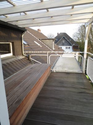 wunderschöne helle 2- Zimmer-Wohnung zzgl. großer Wohnküche und Balkon mit Blick ins Grüne