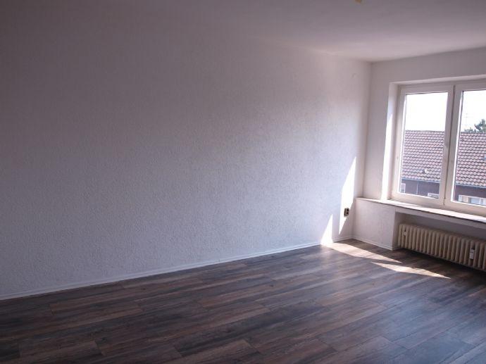 Renovierte 3,5-Zimmer-Wohnung in Recklinghausen Süd!
