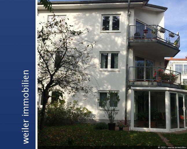 Saarbrücken - Rotenbühl Großzügige 2 Zimmer Wohnung mit schönem Wintergarten in bester Wohnlage