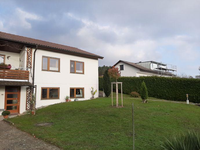 Einfamilienhaus mit großen Grundstück