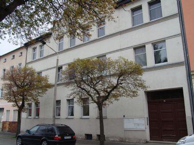 3-Raumwohnung mit abgeschlossenem Innenhof im mediterranen Stil !