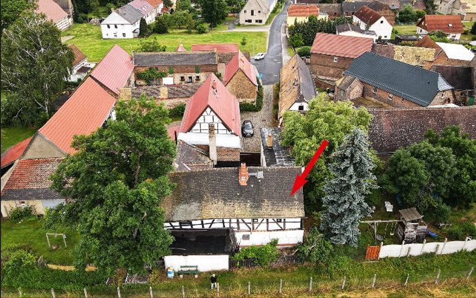 kleiner Dreiseitenhof nahe Leipzig