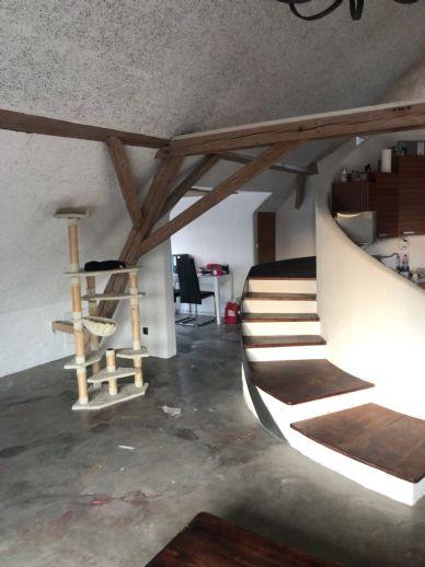 2-Zimmer-Maisonettewohnung mit Einbauküche in Mengkofen