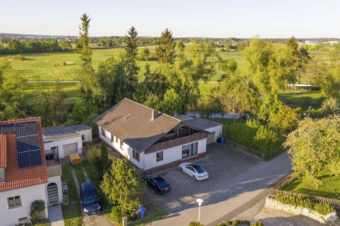 Ein-/Zweifamilienhaus mit 3,5 km x 5 m Fischereirecht